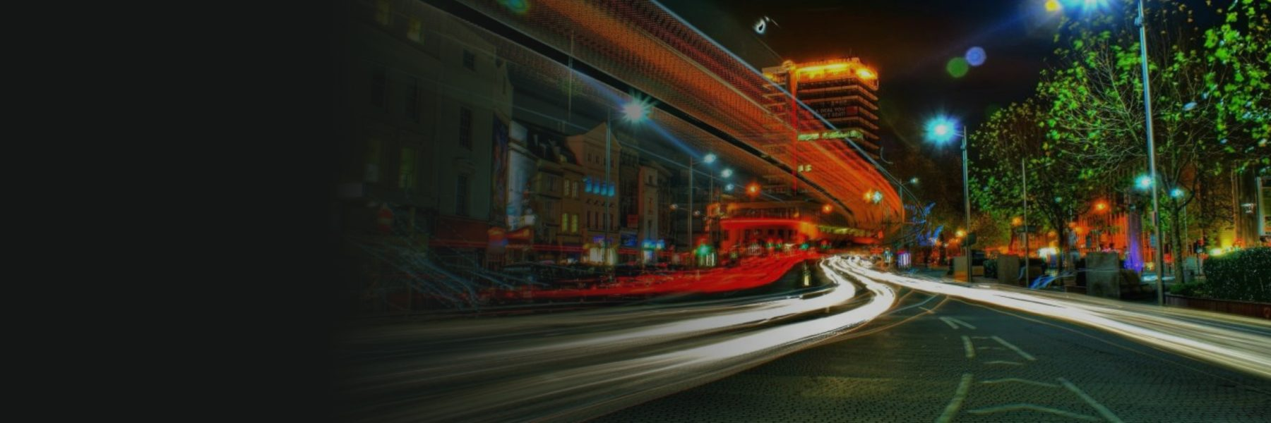 Bristol City Centre at Night by Luke Andrew Scowen | https://www.flickr.com/photos/lukeas09/4129402620